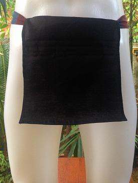 linen_in_black_02_03